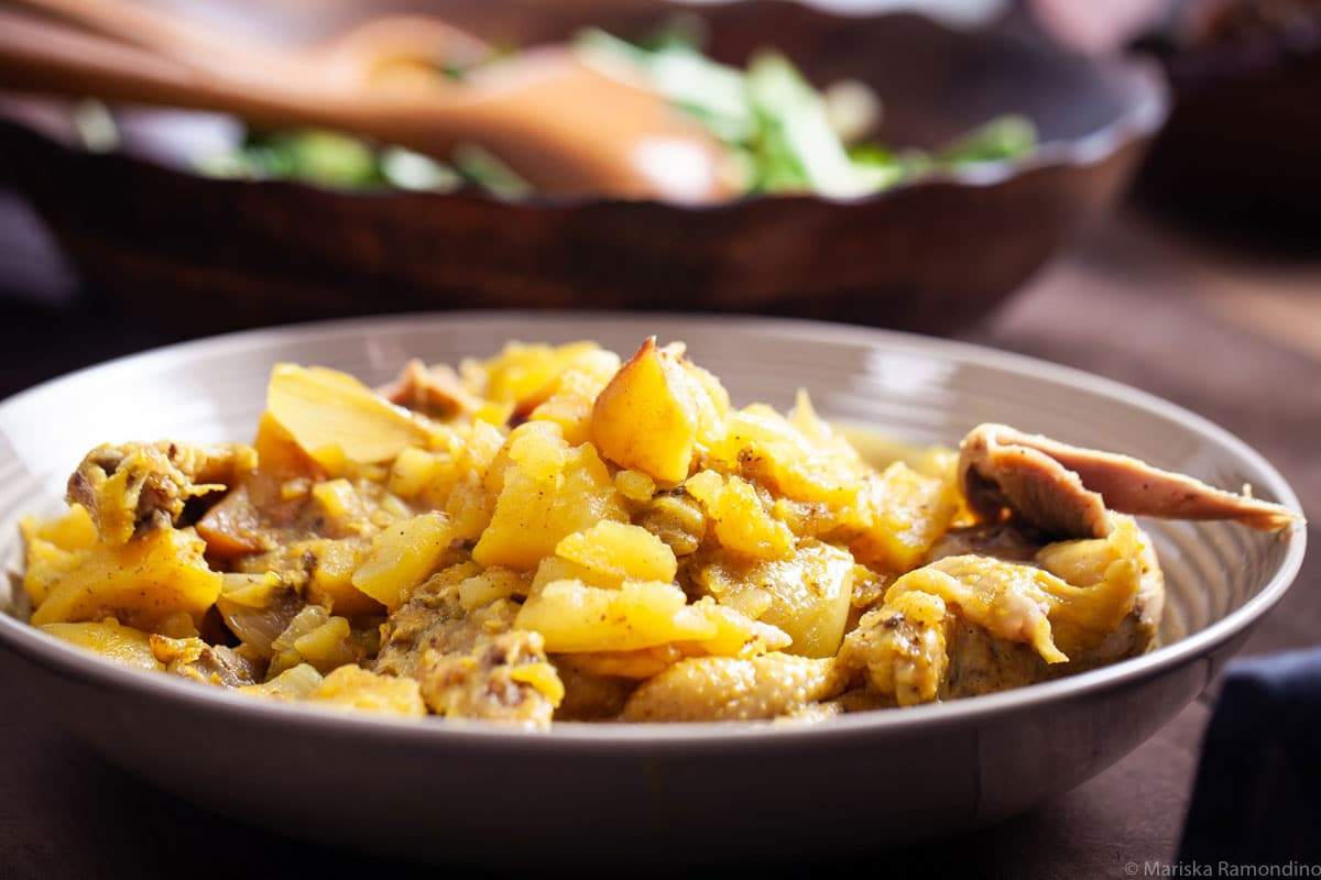 Slow Cooker Sweet Shallots Chicken and Potatoes