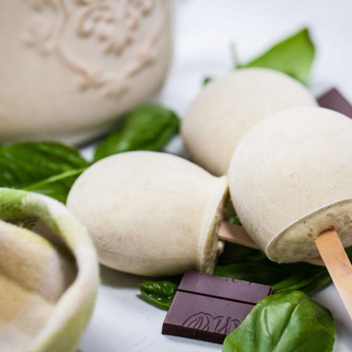 HEALTHY VEGAN PINEAPPLE-BASIL POPSICLES WITH DARK CHOCOLATE
