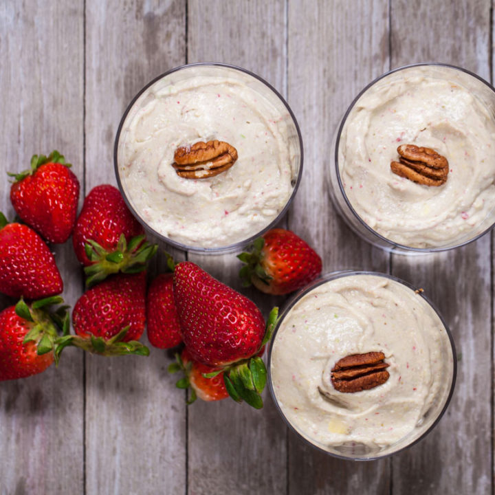 GRAIN-FREE AVOCADO STRAWBERRY CHEESECAKE IN A CUP