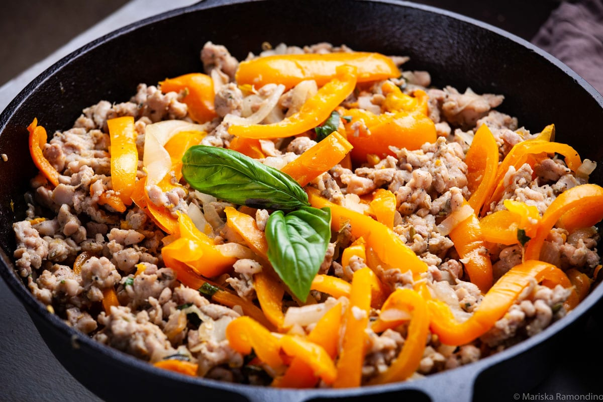 ITALIAN CHICKEN SAUSAGE AND VEGETABLE SKILLET