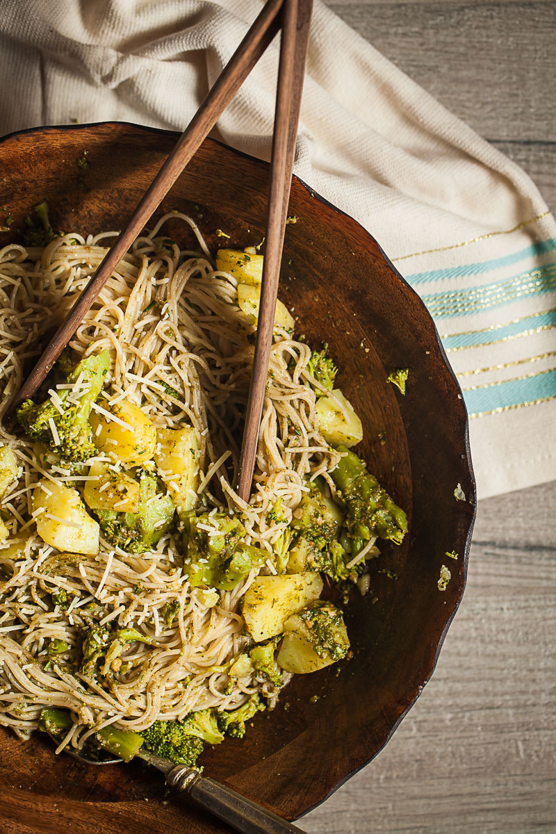 Gluten-free Pesto Pasta with Potatoes and Broccoli