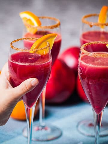 An-Elegant-Non-Alcoholic-New-Years-Drink